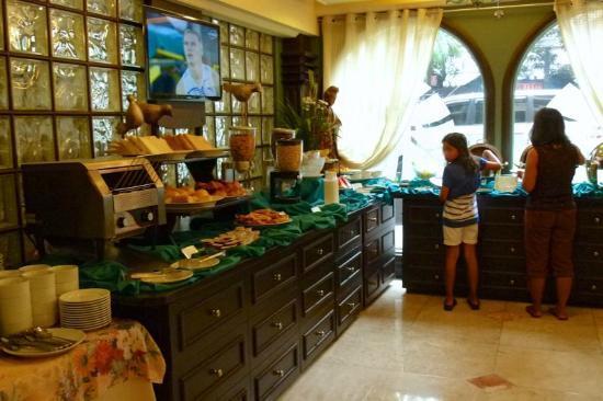 Breakfast Buffet Picture Of Best Western Hotel La Corona Manila Manila Tripadvisor