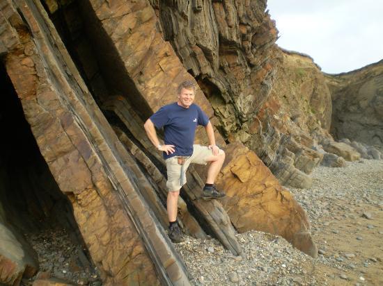 Geoclastica: Bude Geo-Walk founder & guide Roger Higgs