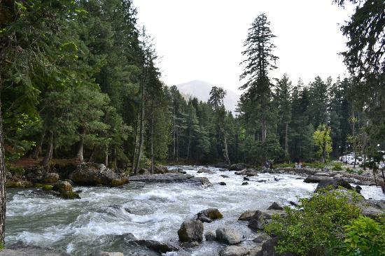 Pahalgam, India: view at the entrance