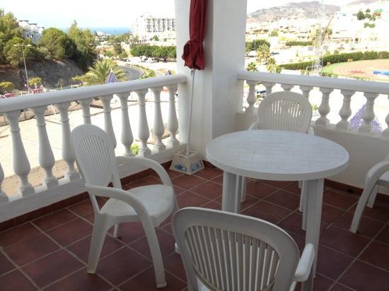 Apartamentos Turísticos Las Rosas de Capistrano: terraza