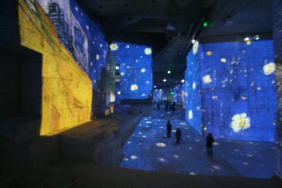Carrières de Lumières : 2012 expo van gogh /Gauguin