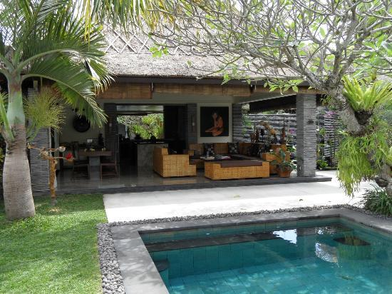 The Zala Villa Bali: LIVING ROOM