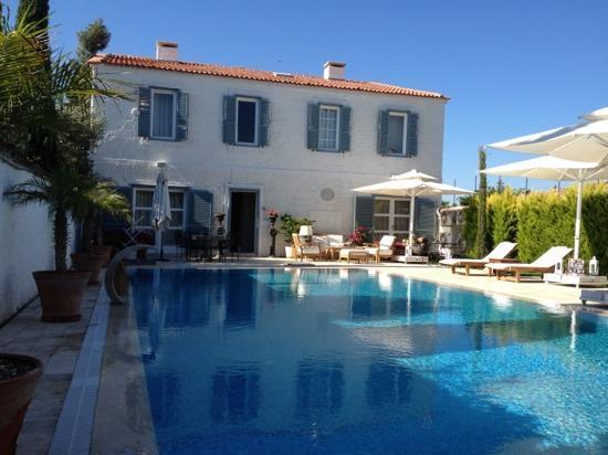 Beyevi Hotel: lounge area