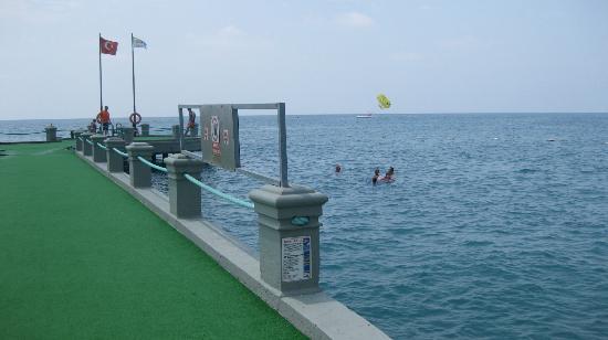 Meryan Hotel : Sea