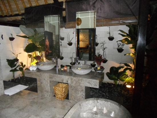 The Zala Villa Bali: BATHROOM