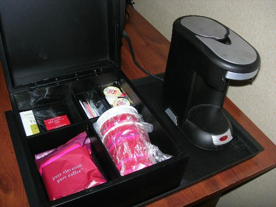 Fremont Marriott Silicon Valley: Coffee maker