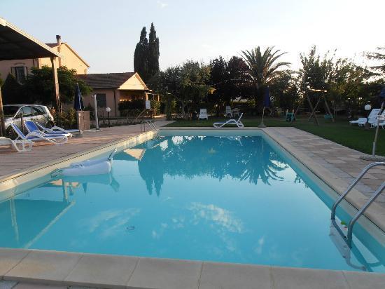 Agriturismo Al Vermigliano: piscina