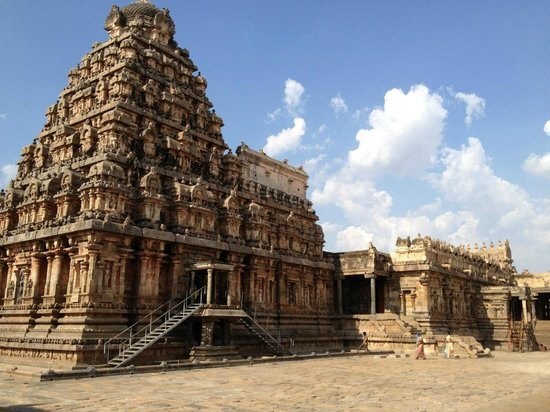 Kumbakonam, India: Beauty of Chola architecture