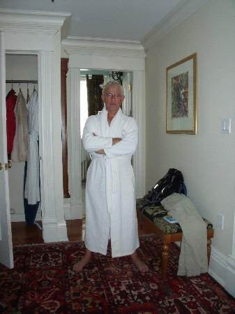 Victorian Hotel: Bathrobe included