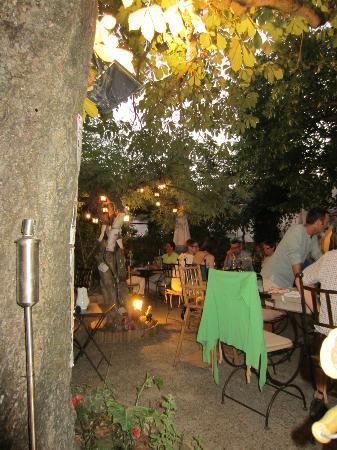 La Table du Meunier: dinner in the garden