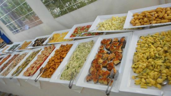 Club Family Hotel Executive: Buffet pranzo