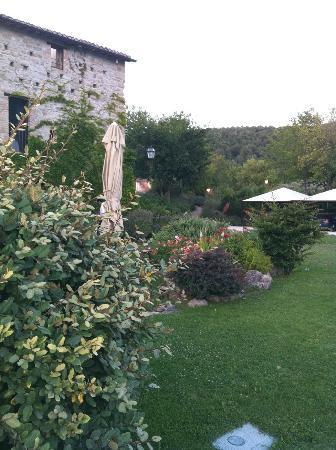 Castello di Petrata: esterno