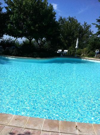 Castello di Petrata: piscina