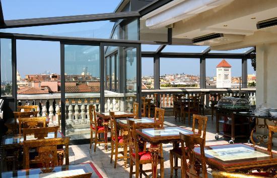 Hotel Romanico Palace Reviews