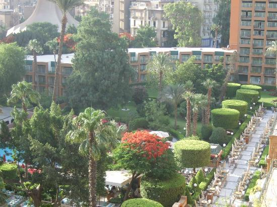 Cairo Marriott Hotel & Omar Khayyam Casino: Hotel gardens from room