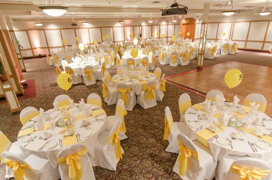 Canad Inns Destination Centre Transcona: Ambassador Banquet and Conference Centres