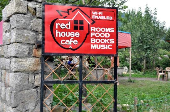 ‪‪RedHouse‬: The place to be in Old Manali
