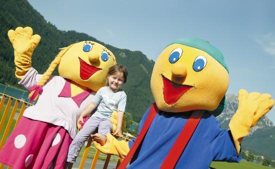 Kinderhotel Buchau: Kinder beim Spielen