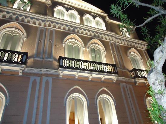 卡普里酒店照片