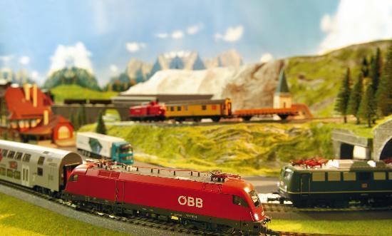 Kinderhotel Buchau: Eisenbahn