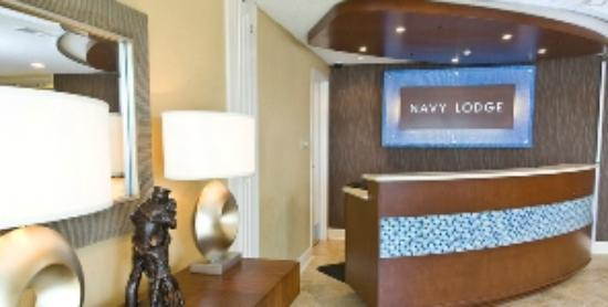 Navy Lodge Dam Neck: Front Desk