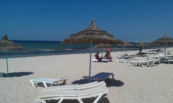 Amir Palace: beach