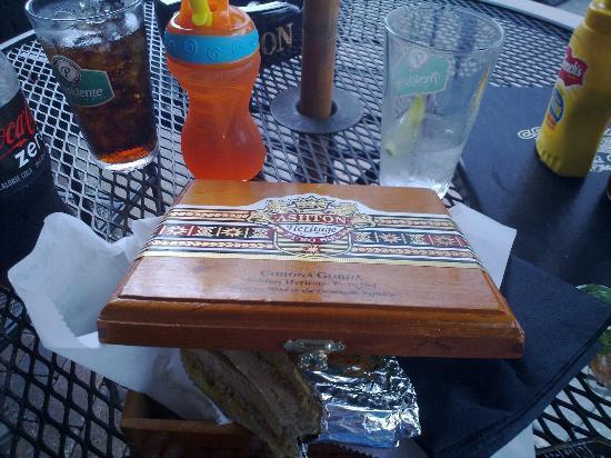 Corona Cigar Company: Cuban sandwich in cigar box