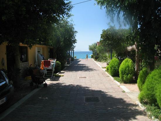 Villaggio Tramonto: Vista verso il mare