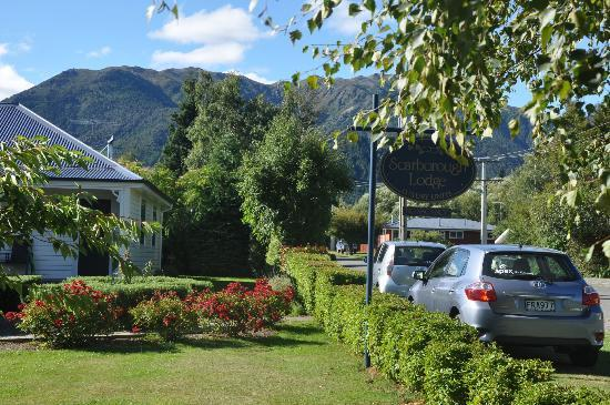 Scarborough Lodge Motel: View from outside