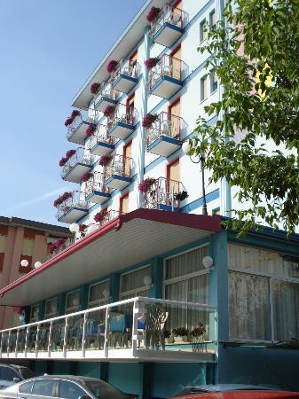 Hotel Gardenia: Здание