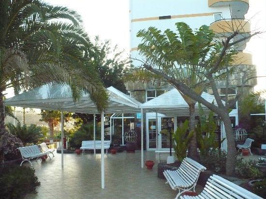 Corona Roja - Playa del Ingles: Near area