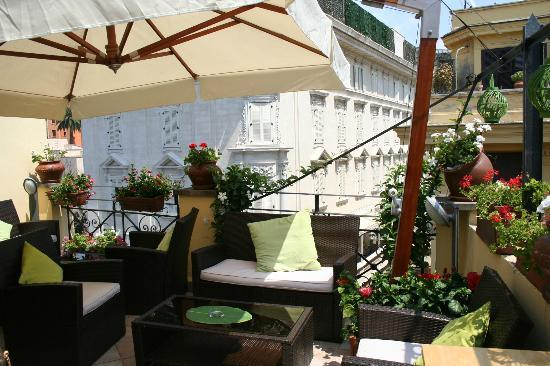 La Fenice: Rooftop terrace