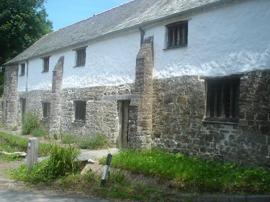 The Gildhouse, Poundstock: Gildhouse. Built in the 1540s