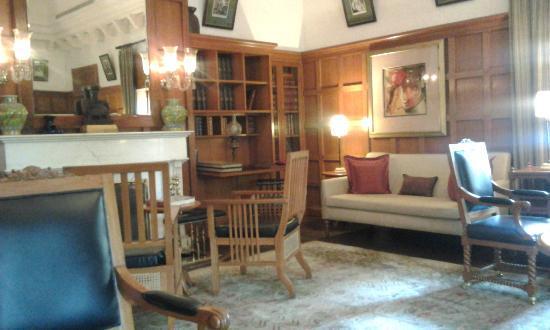 The Oberoi Rajvilas: Sala de estar