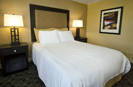 Boulevard Inn: Two Bedroom Suite-Second Bedroom with Queen