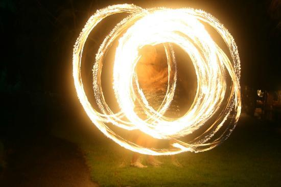 Popa Paradise Beach Resort: The night of the Fire Dancers
