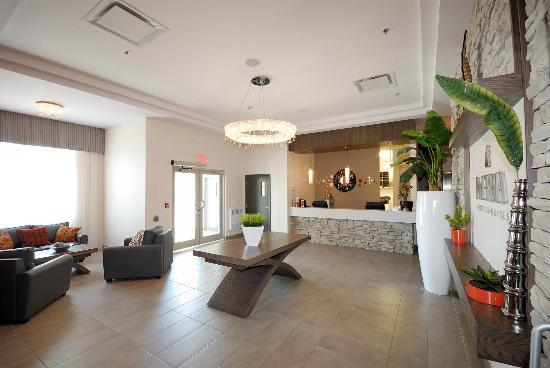 Imperia Hotel et Suites Terrebonne : Lobby
