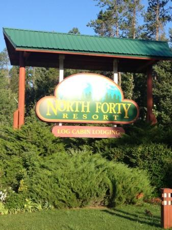 North Forty Resort: sign from the highway