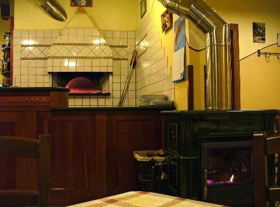 Pizzeria Lo Sghello: Il forno