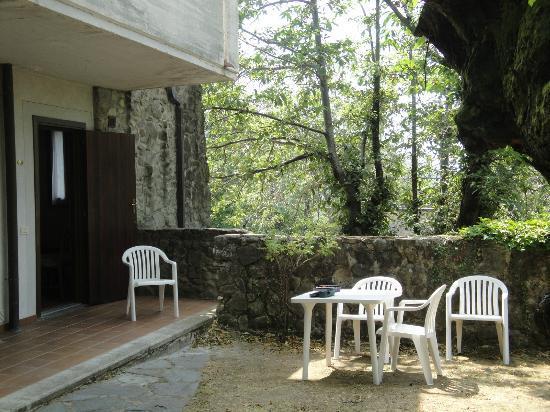 Residence Il Castagno: espace jardin