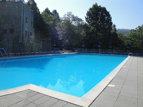 Residence Il Castagno: piscine