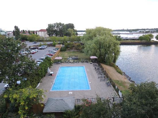 Holiday Inn Kingston - Waterfront : View from the room balcony