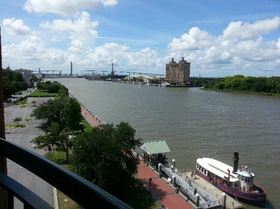 Savannah Marriott Riverfront: Outside on My balcony!! BEAUTIFUL DAY