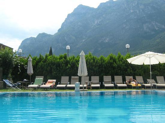 Hotel Virgilio : poolarea