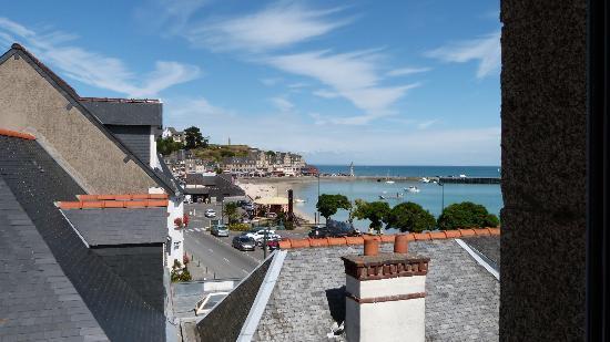 Hotel Duguay-Trouin : Vue sur mer