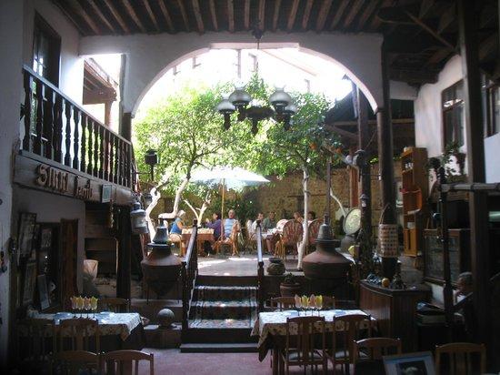 Sirri Restaurant