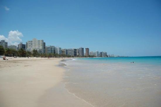Ocean Park Beach : Looking towards Condado from the OP