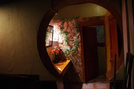 Hostal Villa Del Rosario: Baño compartido