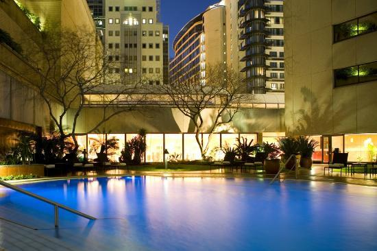 InterContinental Johannesburg Sandton Towers: Outdoor pool