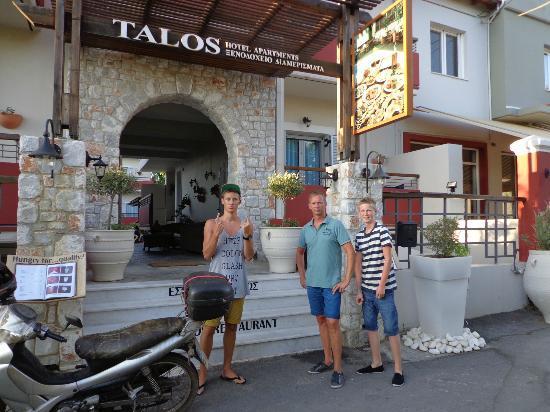 Talos Hotel Apartments : Hotel Talos